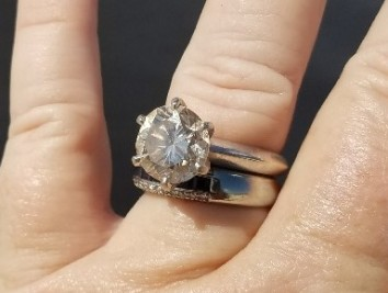Lost Wedding Ring At Home 100 Images Recovers His