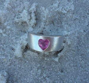 Paul + june metal+detecting+detector+found+club+lost+ring+jewelry+tampa+St Petersburg+Largo+Clearwater+florida (1)